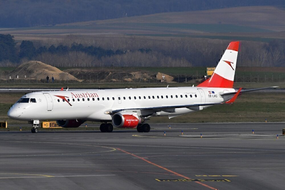 Austrian Airlines Embraer E195 OE-LWG