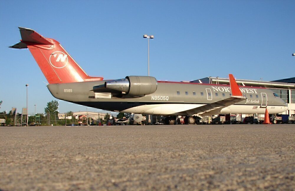 NWA CRJ200