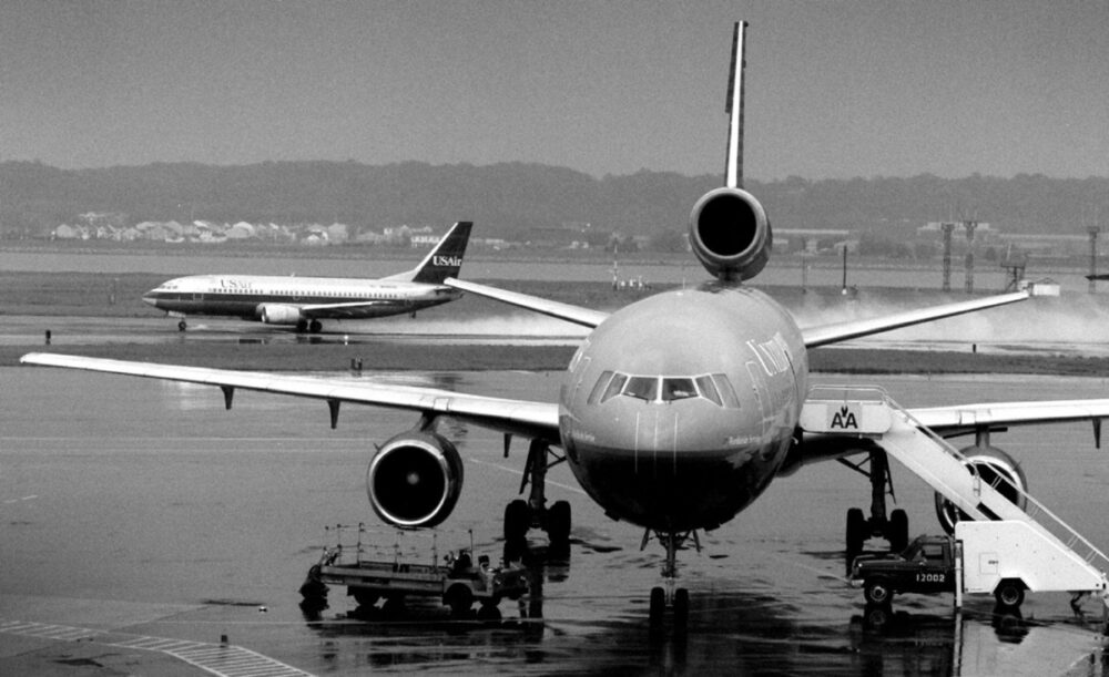 McDonnell Douglas DC-10 and Boeing 737