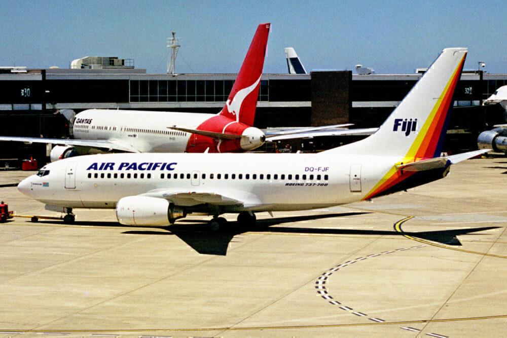 Fiji-Airways-Boeing-737-Great-Britain