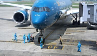 Vietnam Airlines plane