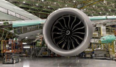 777X Flight Test Engine Install_2