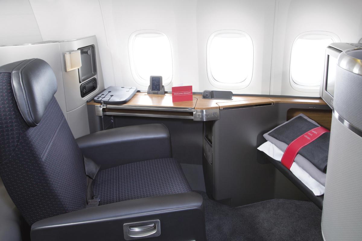AA Boeing 777-300ER first class