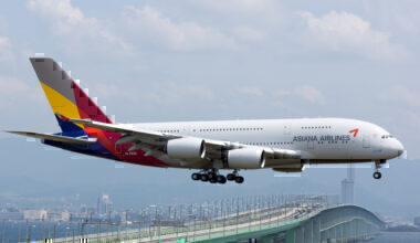 Asiana_Airlines,_A380-800,_HL7634_(17765412761)