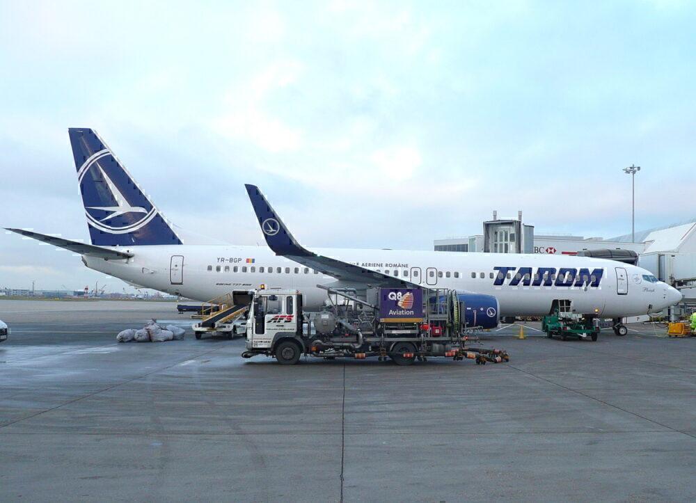 Tarom 737-800