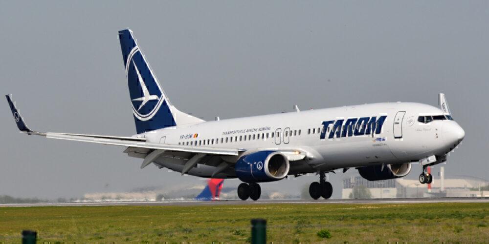 Boeing_737-800