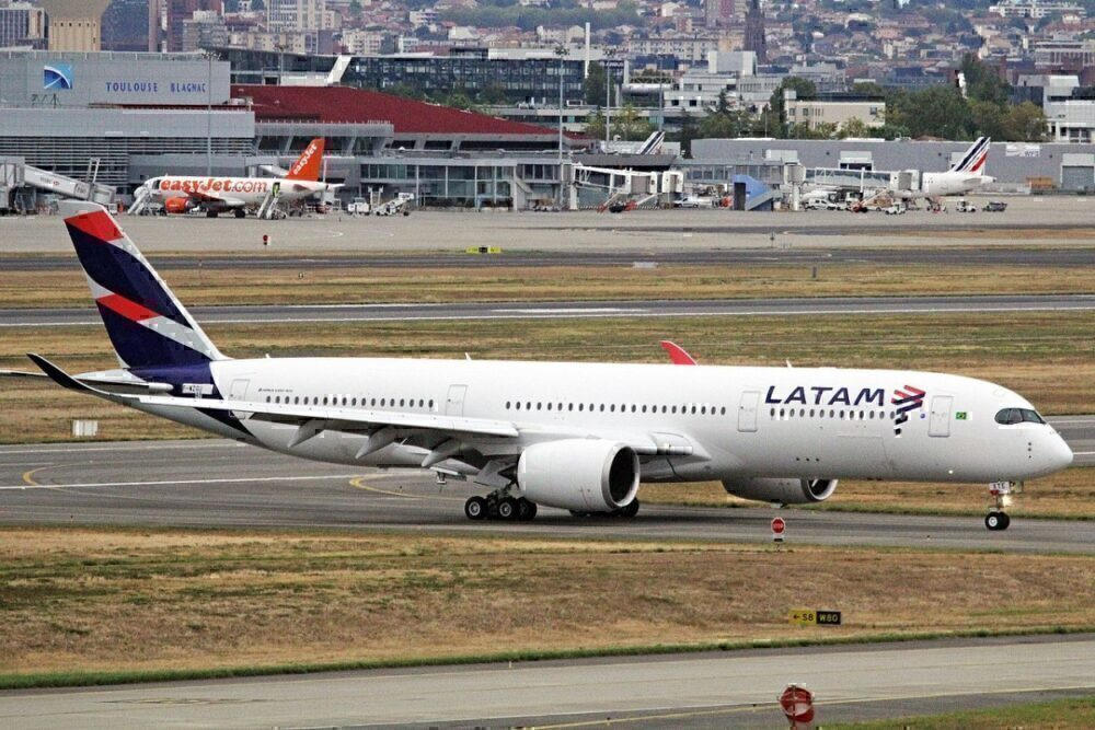 LATAM-Brasil-a350-900