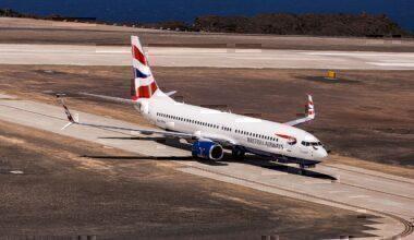 Comair 737-800