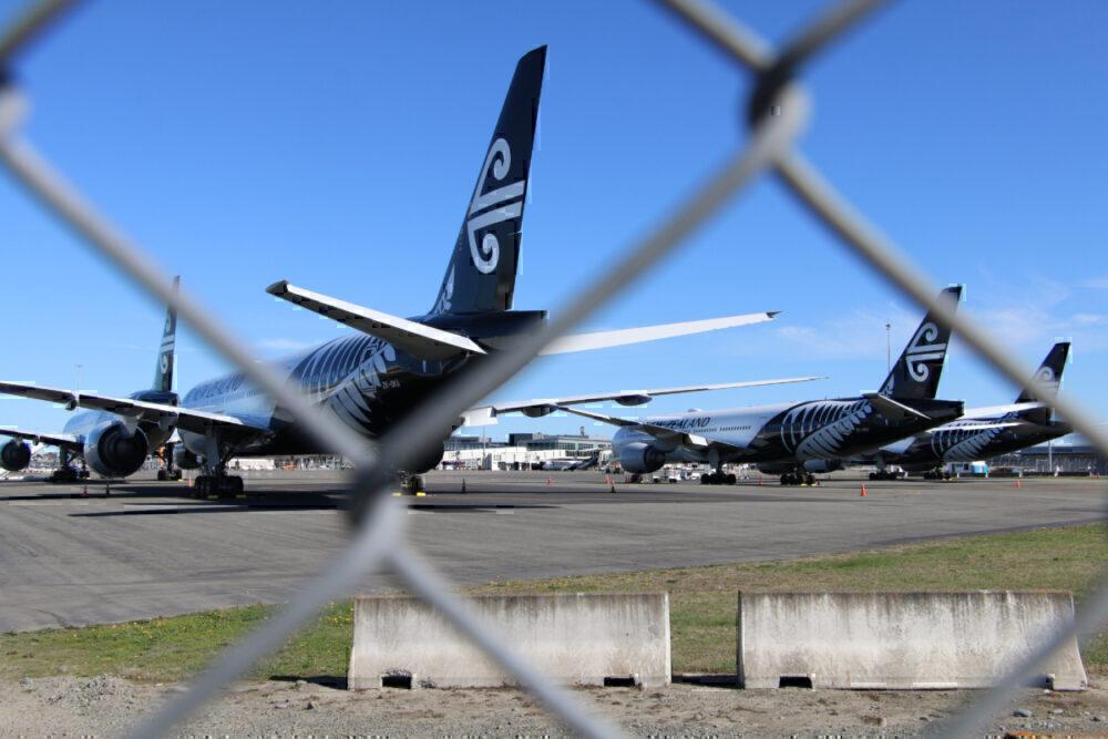 Air New Zealand, Boeing 777, Storage