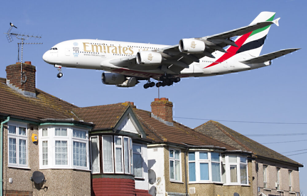 Emirates A380 heathrow