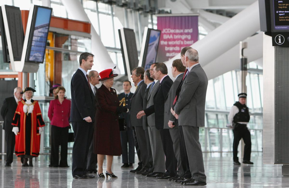 Queen opens Terminal 5