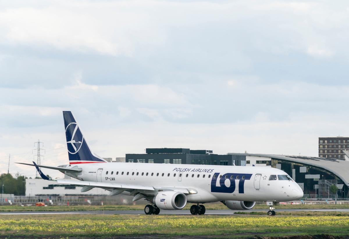 LOT Polish Airlines Vilnius City