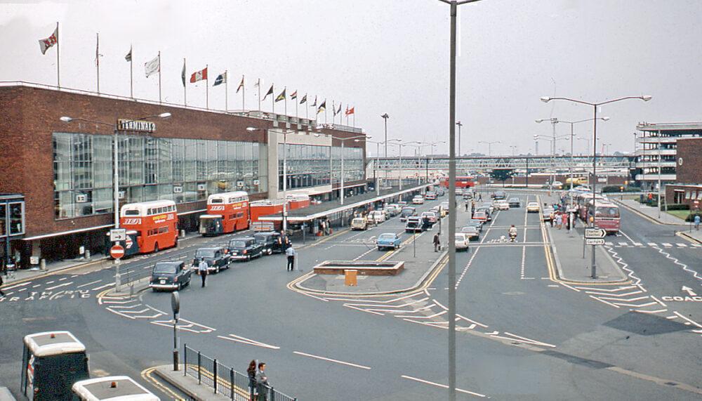 Heathrow Terminal 2 in 1972
