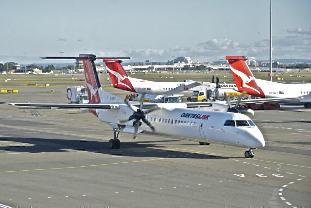 QantasLink Q400