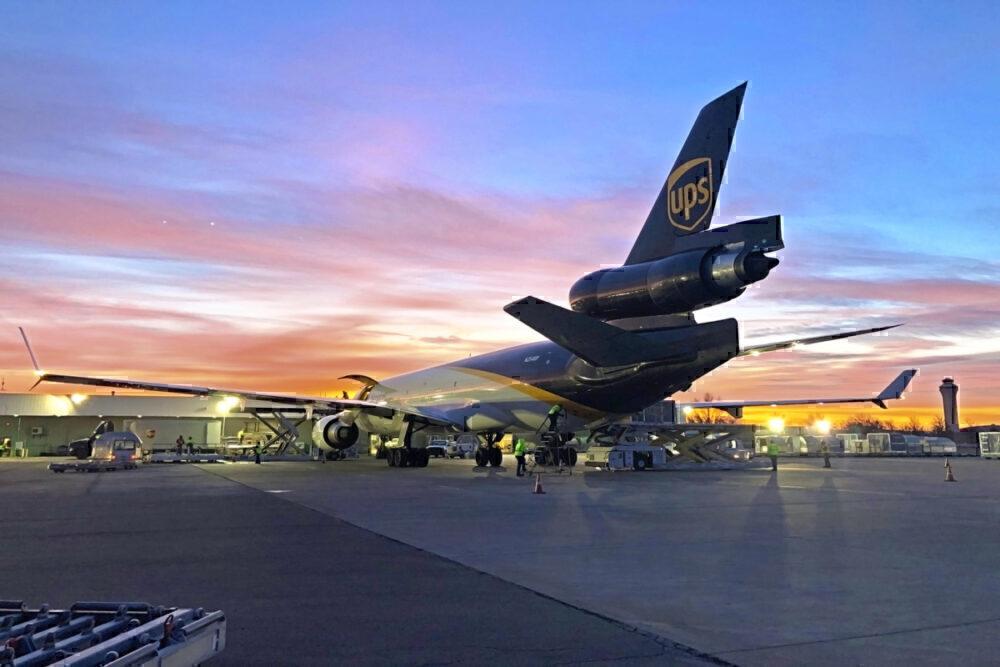 UPS MD-11F