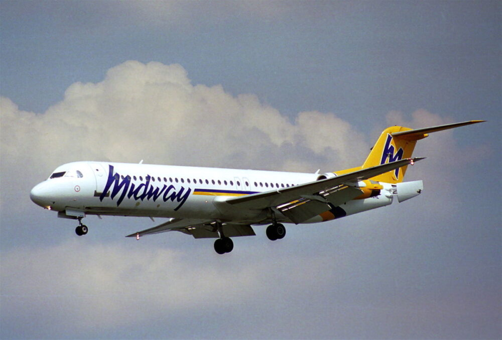Midway Airlines Fokker 100
