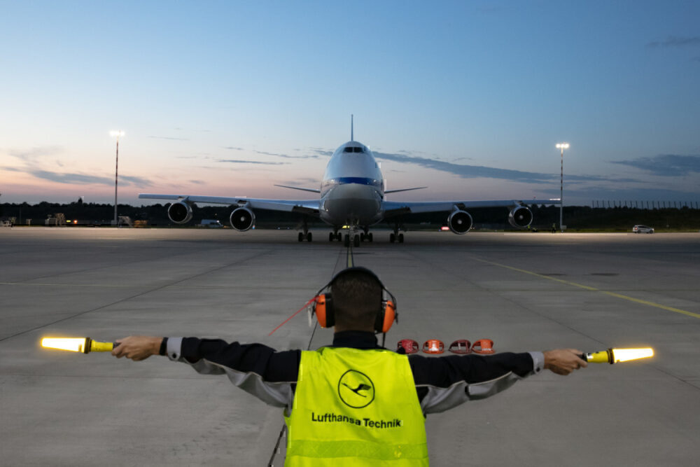 How does Lufthansa Technik look after SOFIA