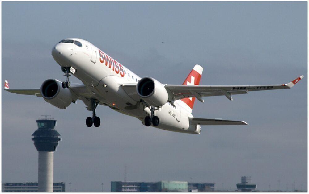 SWISS aircraft landing