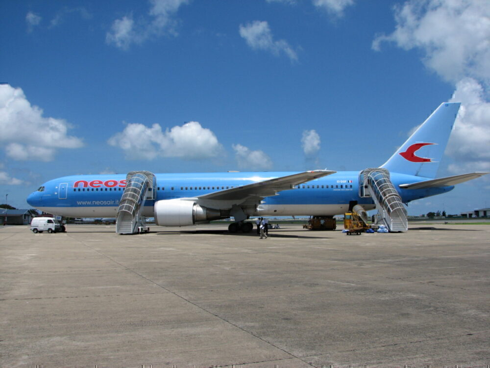Neos Air takes 787s from Norwegian