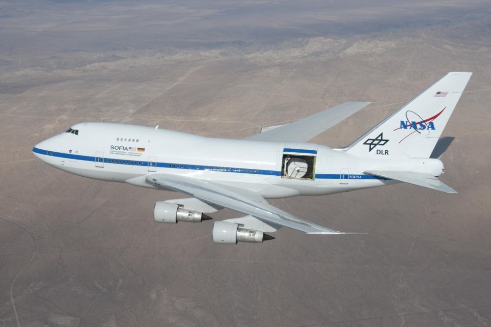 NASA-Boeing-747-Water-On-Moon