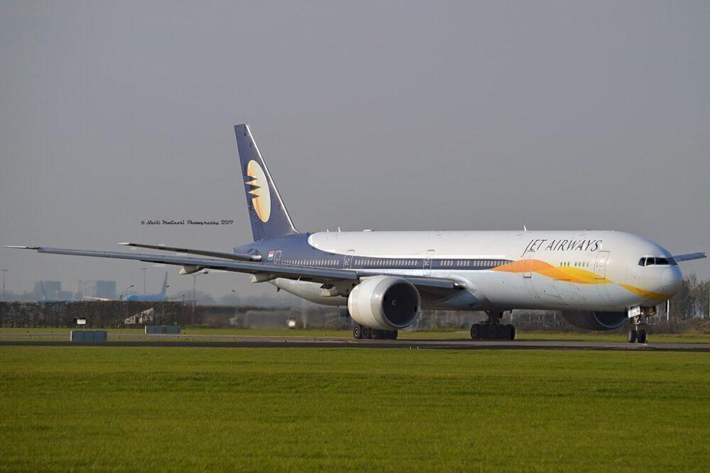 jet-airways-boeing-777