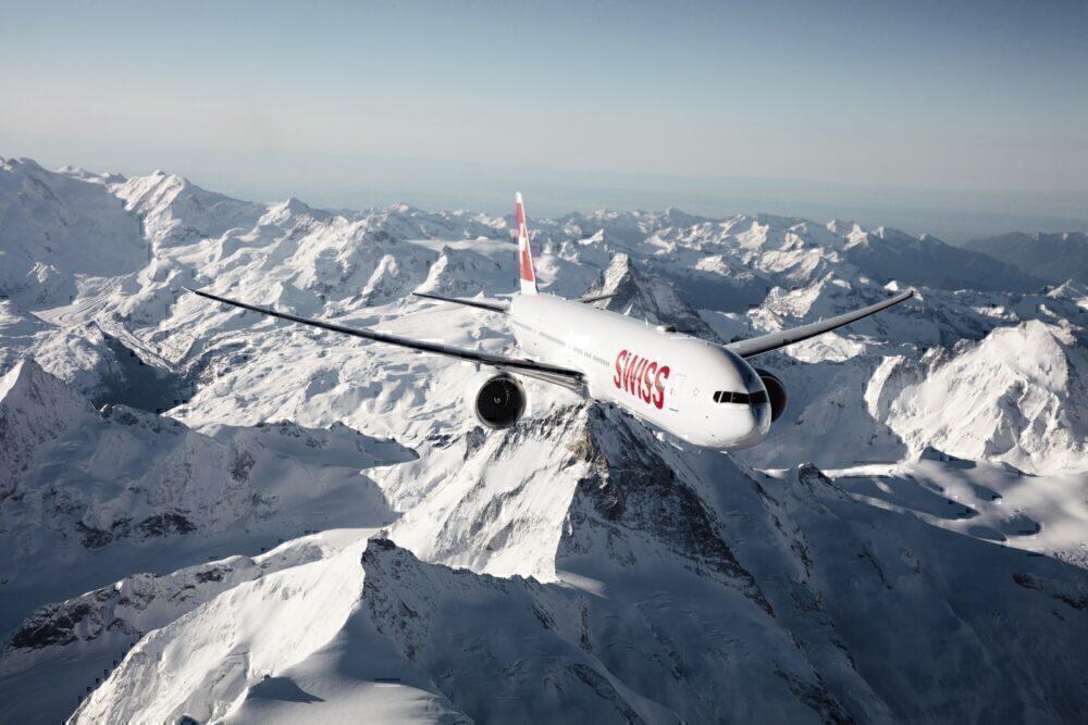 Swiss-boeing-777-damaged