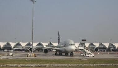 Hamad International Qatar Airways