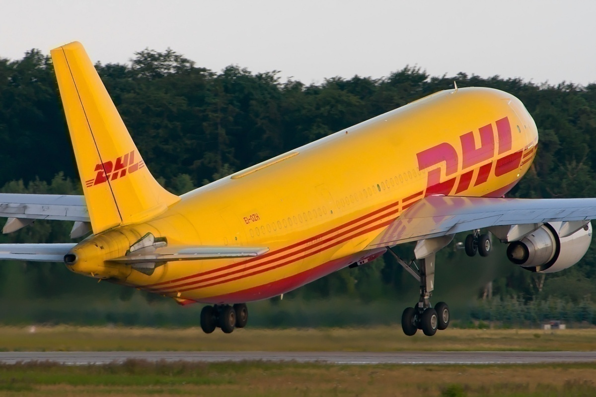 Airbus_A300B4-203(F),_DHL_(Air_Contractors)_AN1999394