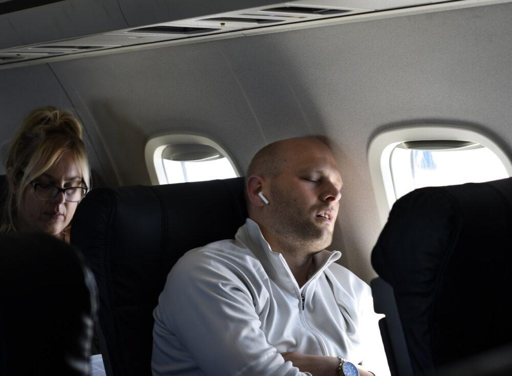Sleeping on plane United Express