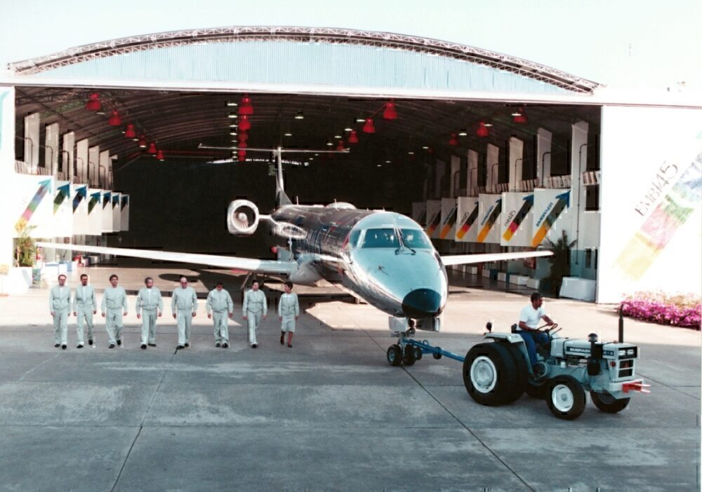The launch of the ERJ 145