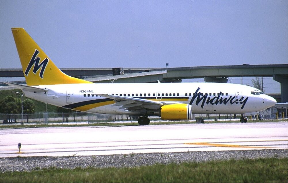 Midway Airlines 737