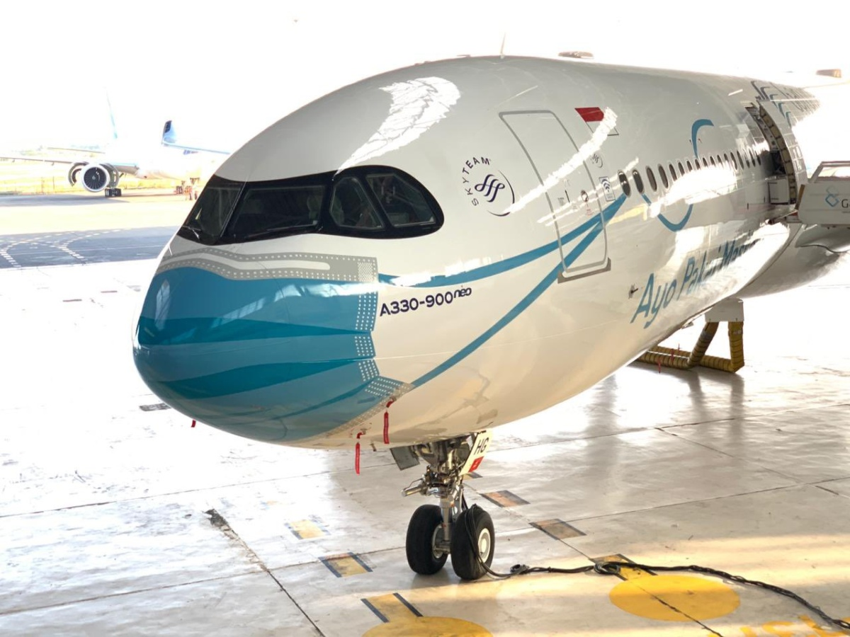 Garuda Shows Off Shiny New A330neo Mask Livery Simple Flying