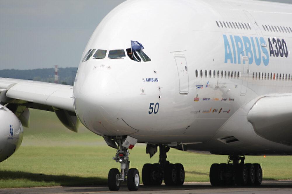 A380 paris display