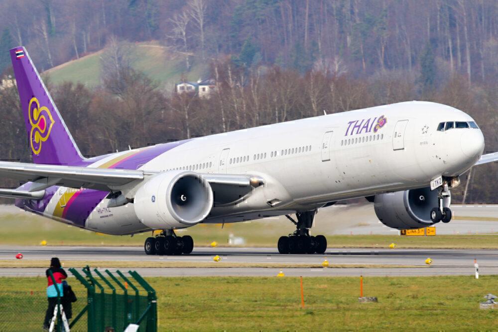 777-300ER aircraft departing Zurich for