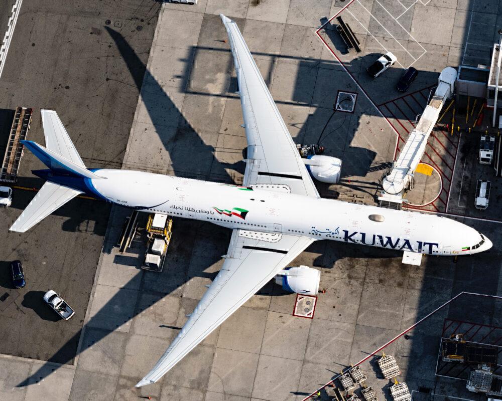 Kuwait Airways 777