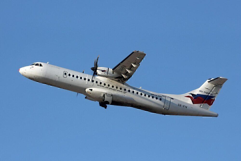 SKY express ATR 72
