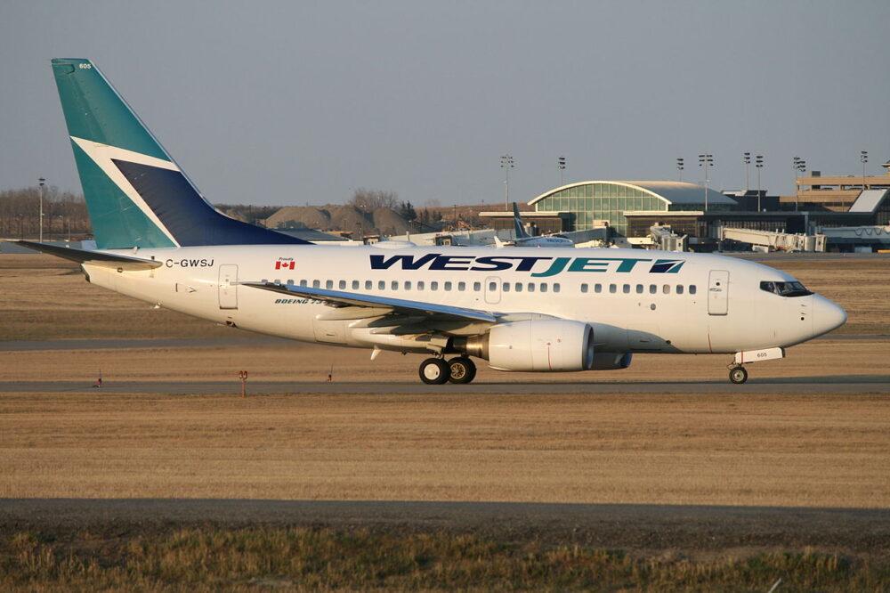 737-600 WestJet