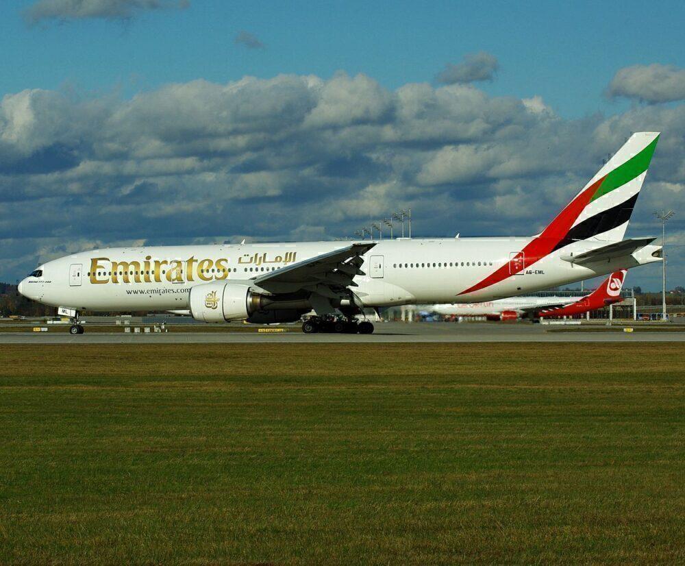 Emirates 777-200