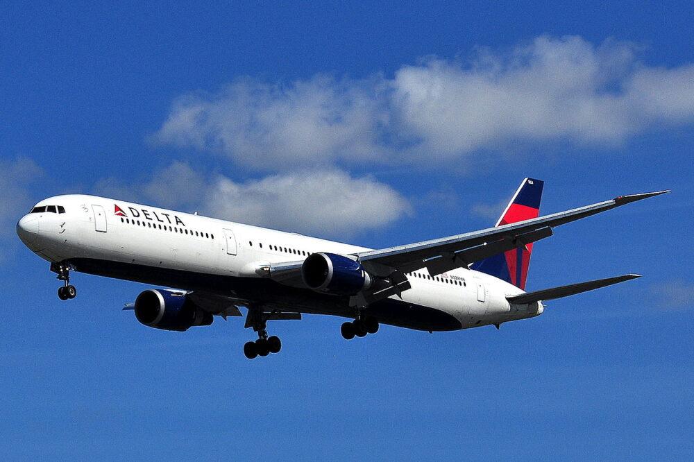 Delta Boeing_767-400