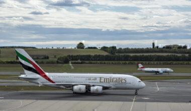 Emirates A380 Austrian A320 Vienna