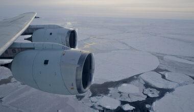 South-pole-flights