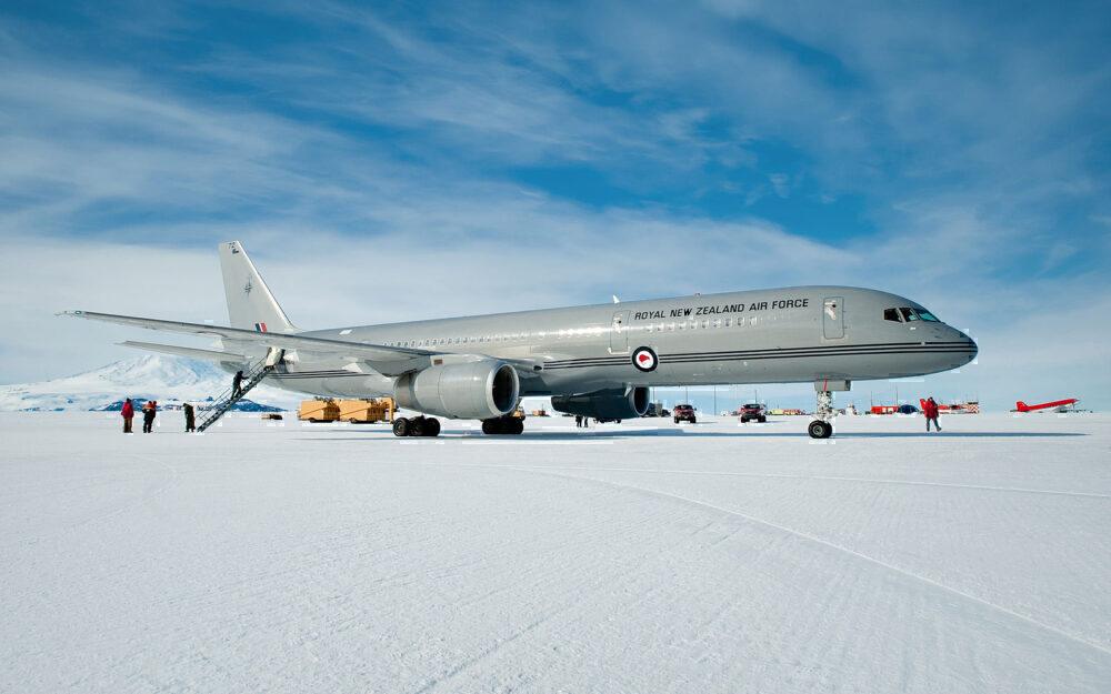 What aircraft Antarctica