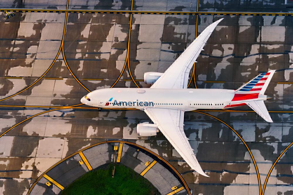 American Airlines Boeing 787-8 N819AN