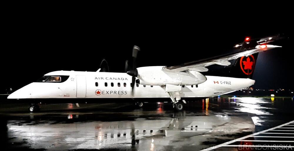 Air Canada Express Jazz Dash 8