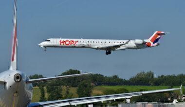 Canadair_Bombardier_CRJ-1000_Hop!_(HOP)_F-HMLC_-_MSN_19006_(9655085103)