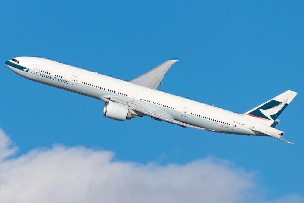 Cathay Pacific Boeing 777-367(ER) B-KPK