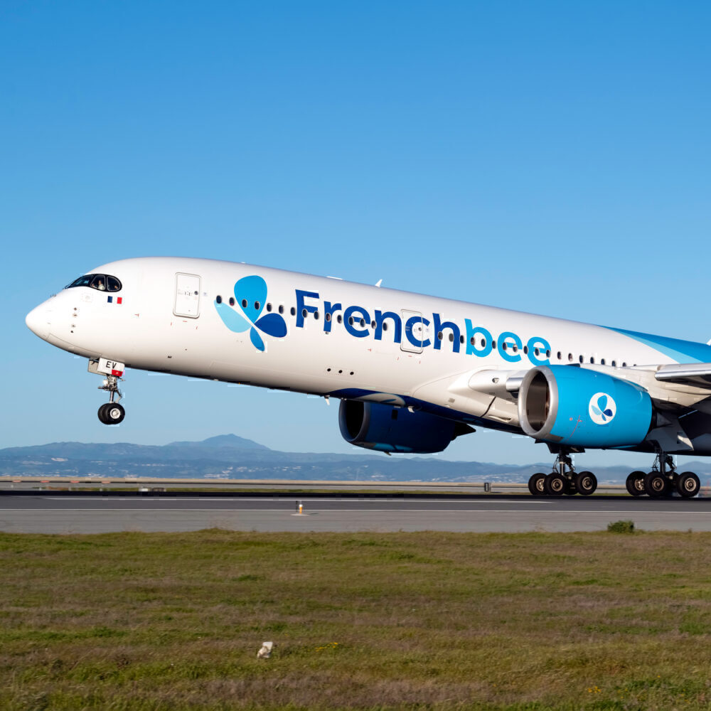 French bee Airbus A350-941 F-HREV (1)