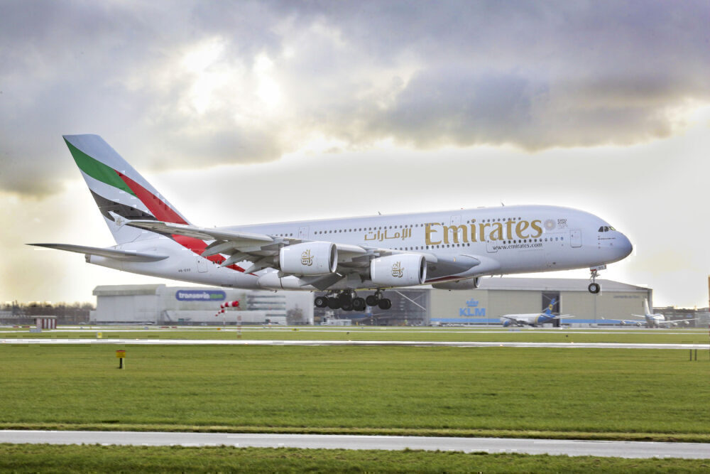 Emirates, Airbus A380, United Kingdom