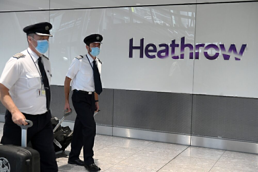 Heathrow pilots mask
