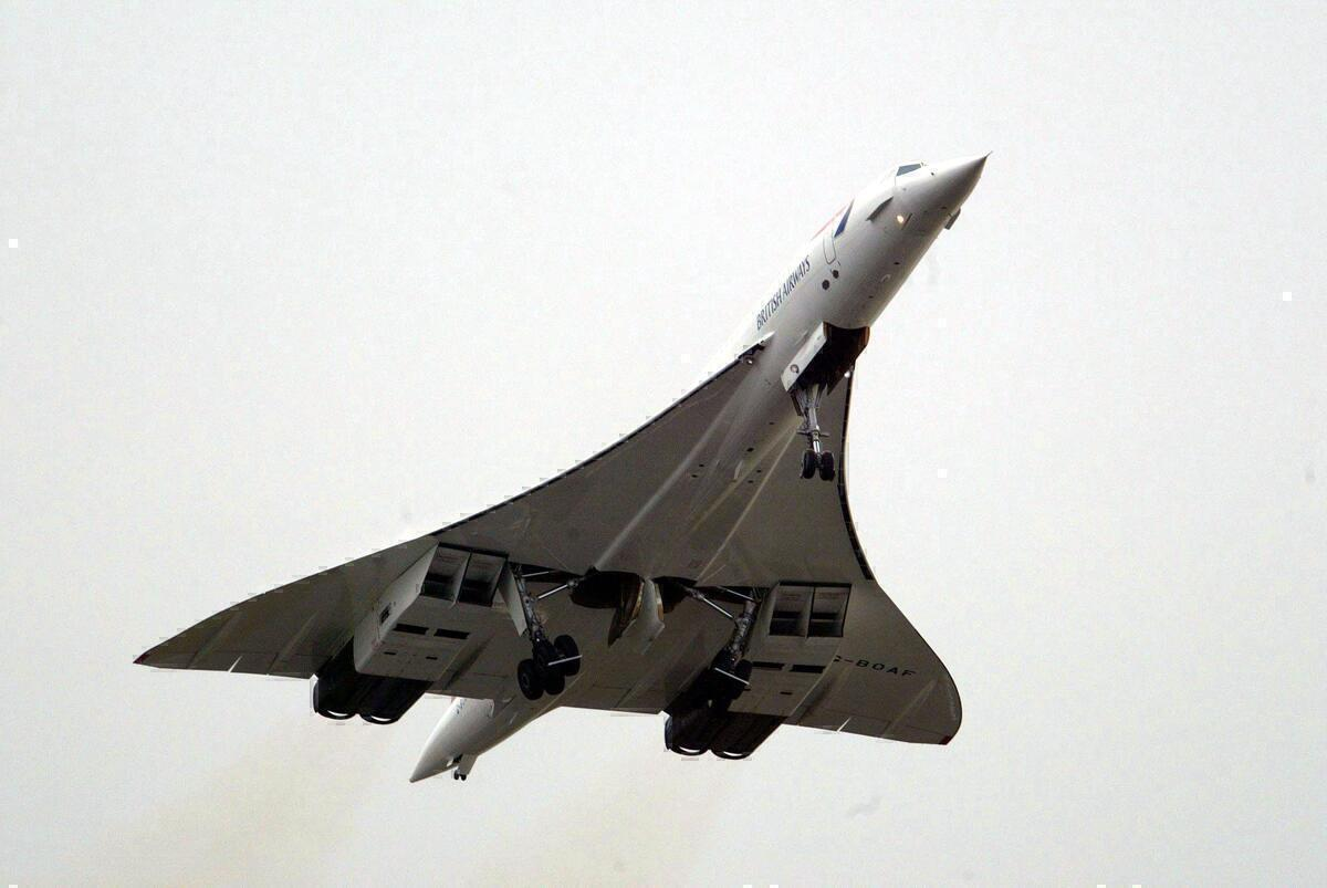 17 Years Ago The Last Concorde Built Flew To Retirement